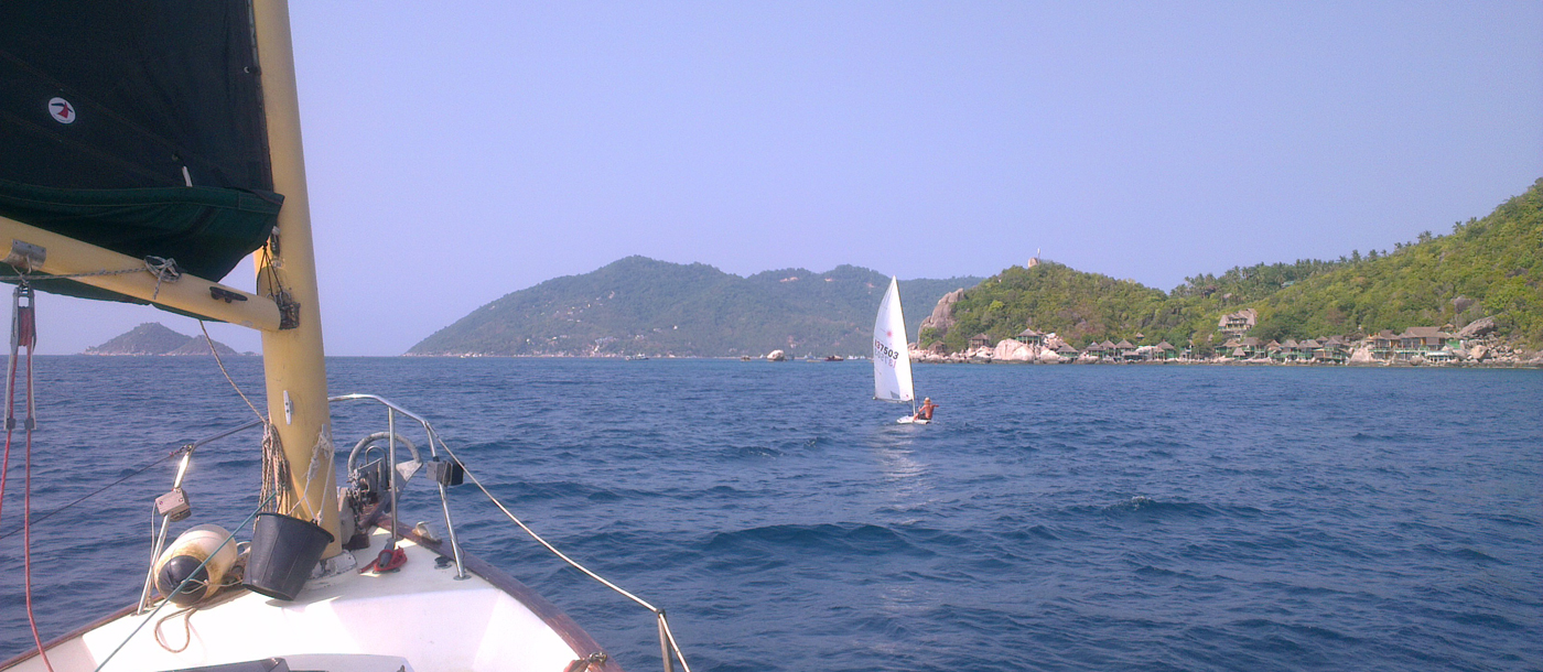 sailing-koh-tao-laser-from-yacht