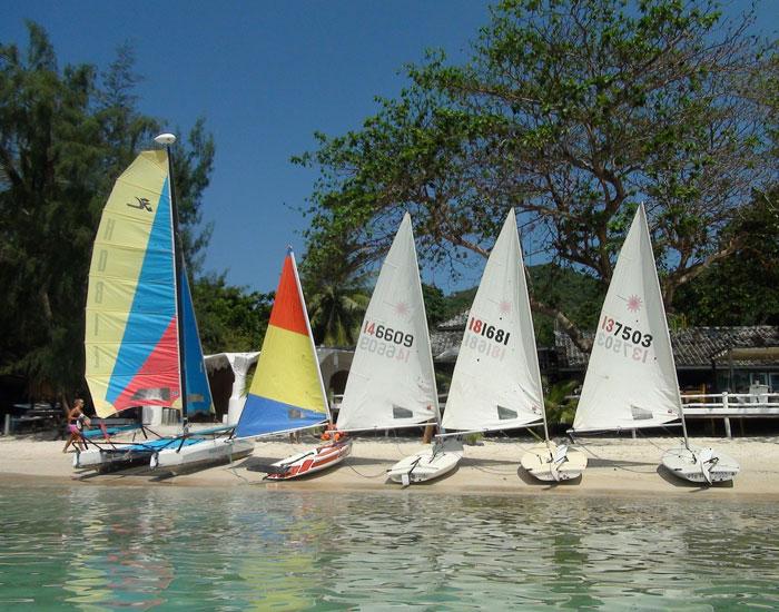 Sailing Koh Tao Dinghy Fleet